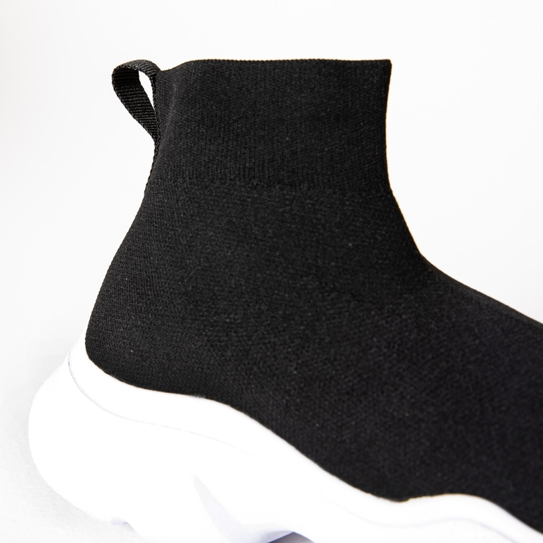 Sock High / A Shoe shoe